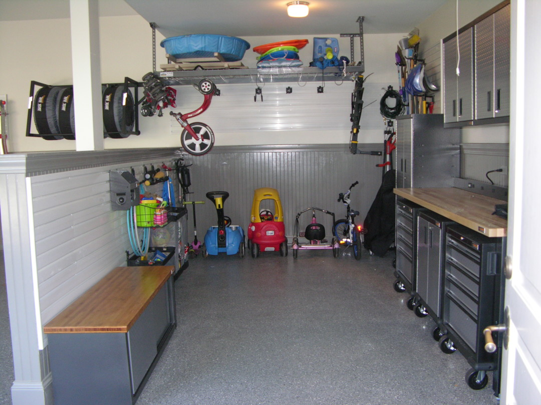 Click here to see Organized Garage After Purple Durple Organizers